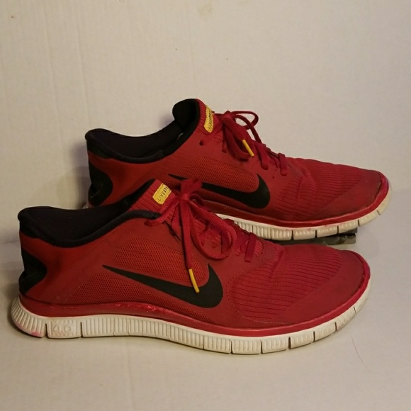 aa05733951f Nike Free 4.0 Livestrong men s shoes size 12. M 5a81b45f61ca10ee6c58e996